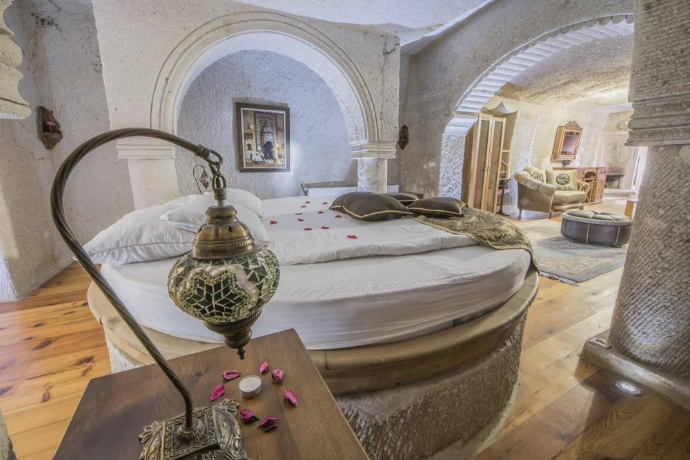 Ottoman Cave Suites King Suite